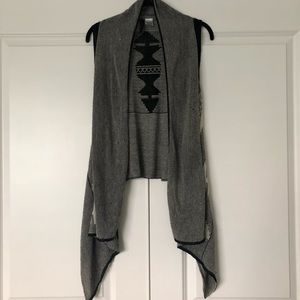 Absolutely aztec tribal print fashion sweater vest
